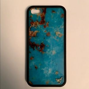 Like new Iphone 5s Wildflower case